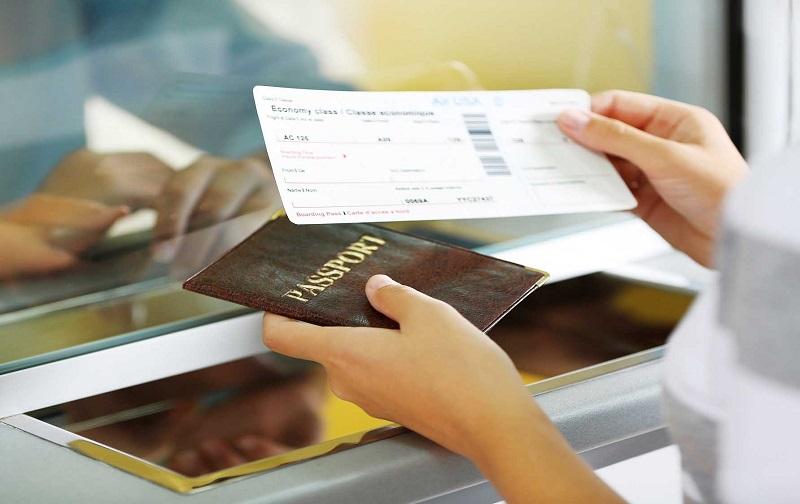 Quy định về vé, thẻ lên máy bay