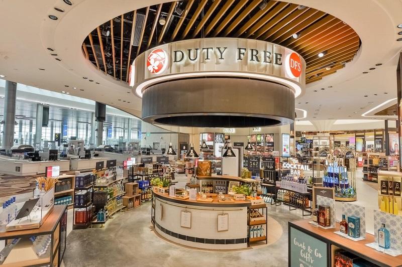 Mua sắm ở các cửa hàng miễn thuế ở sân bay